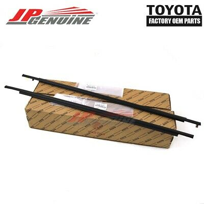 GENUINE TOYOTA FJ CRUISER OEM NEW FRONT LH/RH OUTER WINDOW WEATHER STRIPS PAIR