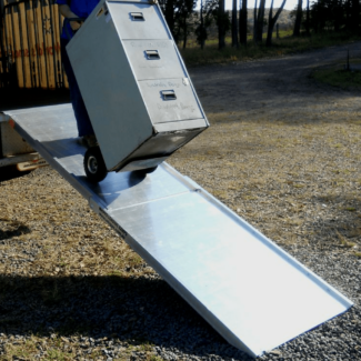 Whipps 2.5m x 740mm/800mm 400kg Folding Aluminium Walk Board