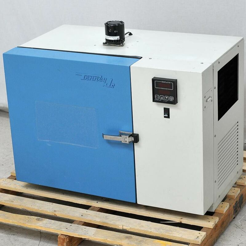 Tenney TJR Benchtop Environmental Chamber Lab Oven -73/+200*C 115V Working