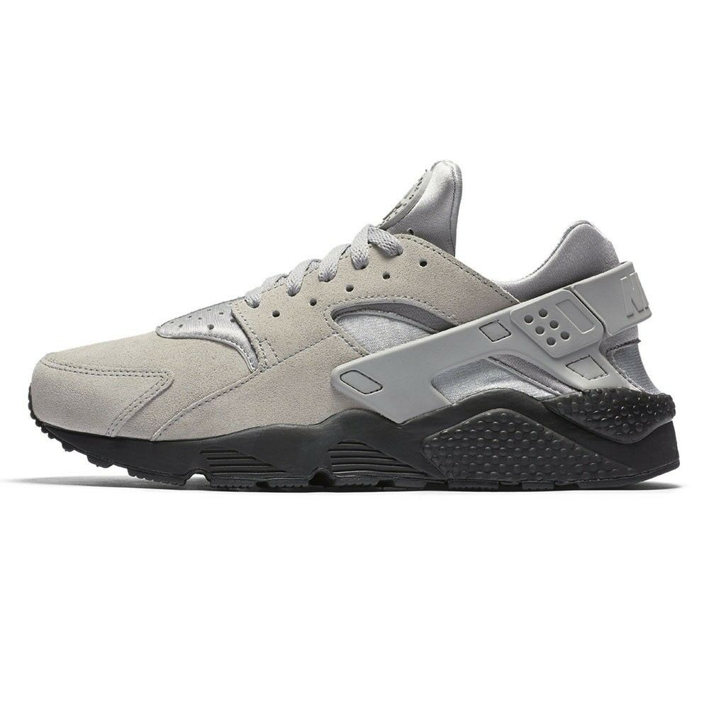 Nike Air Huarache Run SE - Matte Silver/Black - Mens UK 9 - Brand New With Box