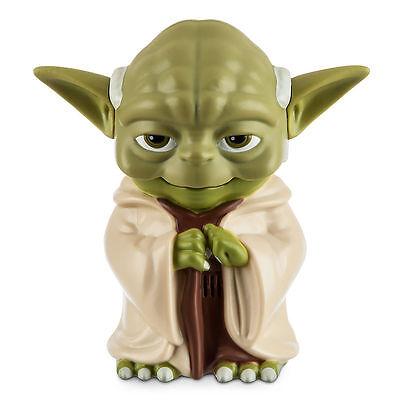 NEW STAR WARS JEDI YODA TALKING FLASHLIGHT FULLY SCULPTED W/HANDLE Disney Store