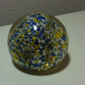Vintage-Art-Glass-Millefiori-Blue-Yellow-White-Handcrafted-Paperweight