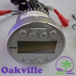 Pyle (PLMR91UB) Waterproof Bluetooth Marine Audio Digital Receiver Stereo Radio  AM/FM Radio, Round Circle
