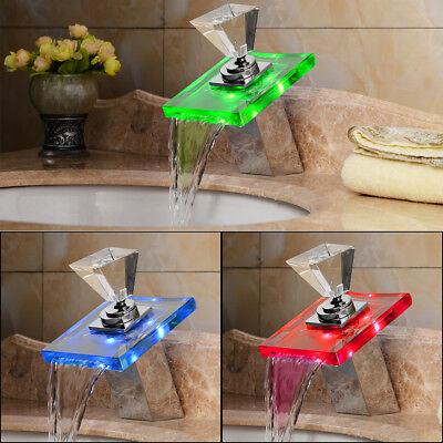 Rubinetti cascata led rubinetteria contemporanea per - Rubinetto bagno cascata ...