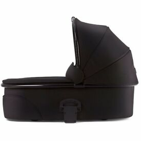 Mamas & Papas Signature Edition Urbo² Carrycot (Black/Black)