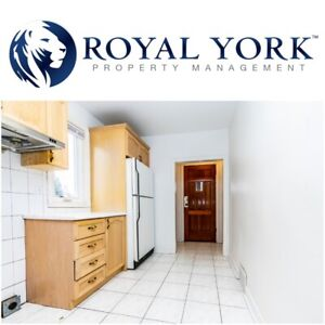 5 BED / 2 BATH - HOUSE WITH FINISHED BASEMENT @ SCARBOROUGH