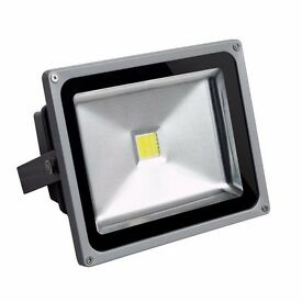 30W / 50W LED Floodlight Cool White Garden Security Light Outdoor Waterproof