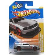 Hot Wheels 2012 Mustang Boss 302 Laguna Seca