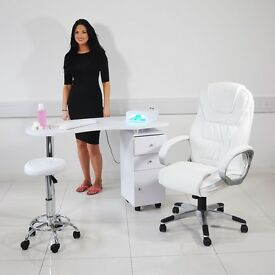 Manicure Table Space to Rent or Manicurist to Work- Salon in Streatham