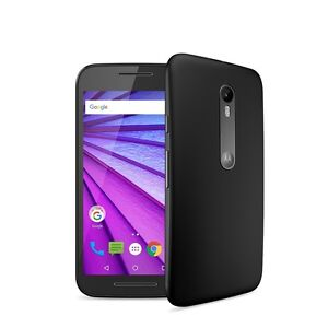 Smartphone moto g3 with otterbox