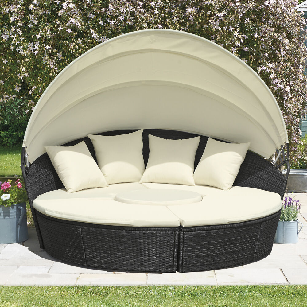Outdoor Furniture Beds: Rattan Daybed & Table Garden Furniture Outdoor Patio