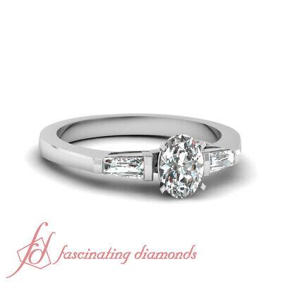 Three Stone Engagement Ring 0.65 Ct Oval Shaped Very Good Cut Diamond VS1 GIA