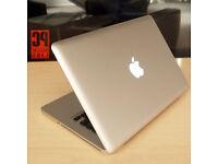 "MacBook Pro 15"" 4GB 2.2 GHz Core i7 500GB HDD"