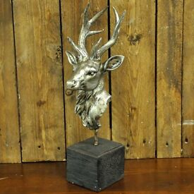 ANTIQUE EFFECT STAGS HEAD