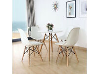 4 x chairs (new in box) (Free delivery localy)
