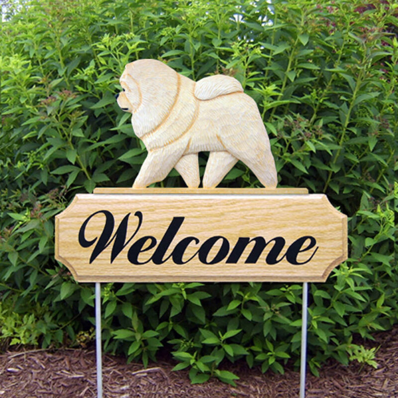 Chow Chow Wood Welcome Outdoor Sign Cream