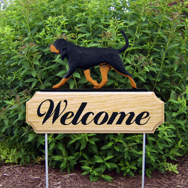 Bloodhound Wood Welcome Outdoor Sign Black/Brown