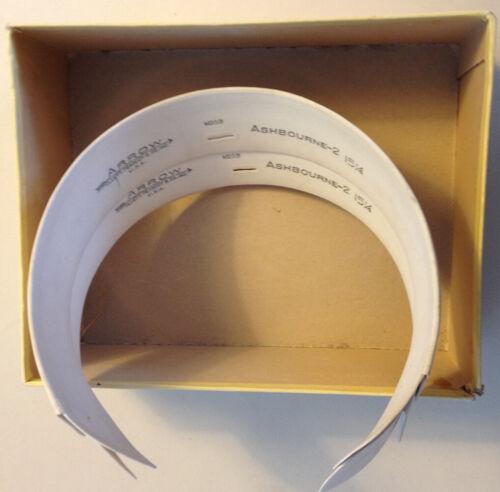 PAIR OF MEN'S ARROW BRAND CELLULOID COLLARS IN ORIGINAL BOX – SIZE 15 1/4