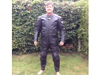 Men's one piece motorcycle leathers