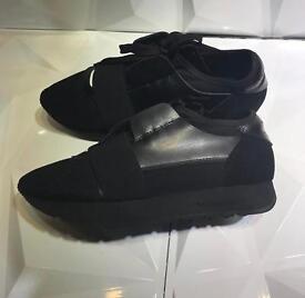 Balenciaga Runner triple black