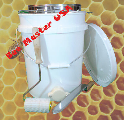 Bottling Pail With Gate Lid Double Sieve Straineruncapping Roller And Knife.