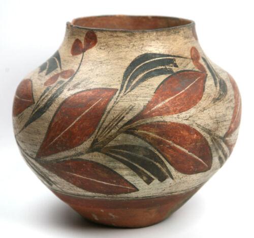"Zia Floral Design Jar, C. 1900-1915, 9.5"" X 10.5"""