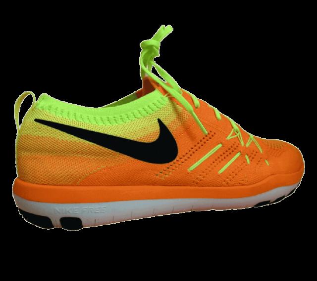 Nike Flyknit Total Orange
