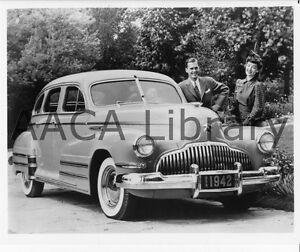 1942-Buick-Model-41-Special-Touring-Sedan-Factory-Photo-Ref-28281