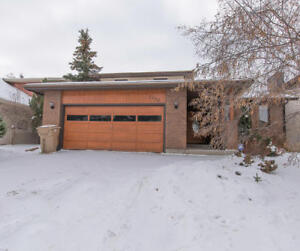 2355 E Brodie Bay -5 bedroom house for Sale in Regina with pool!