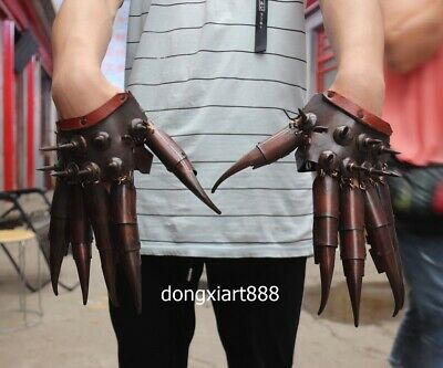 27 cm red Bronze Chinese ancient warrior soldier hand weapon Hand armour claw