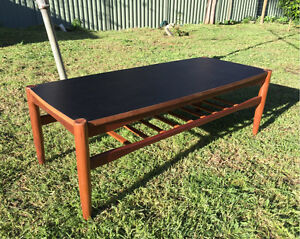 Danish Deluxe Dual Purpose Coffee Table Glen Forrest Mundaring Area Preview
