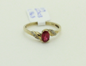 9ct Gold Ruby and Diamond Ring Mandurah Mandurah Area Preview
