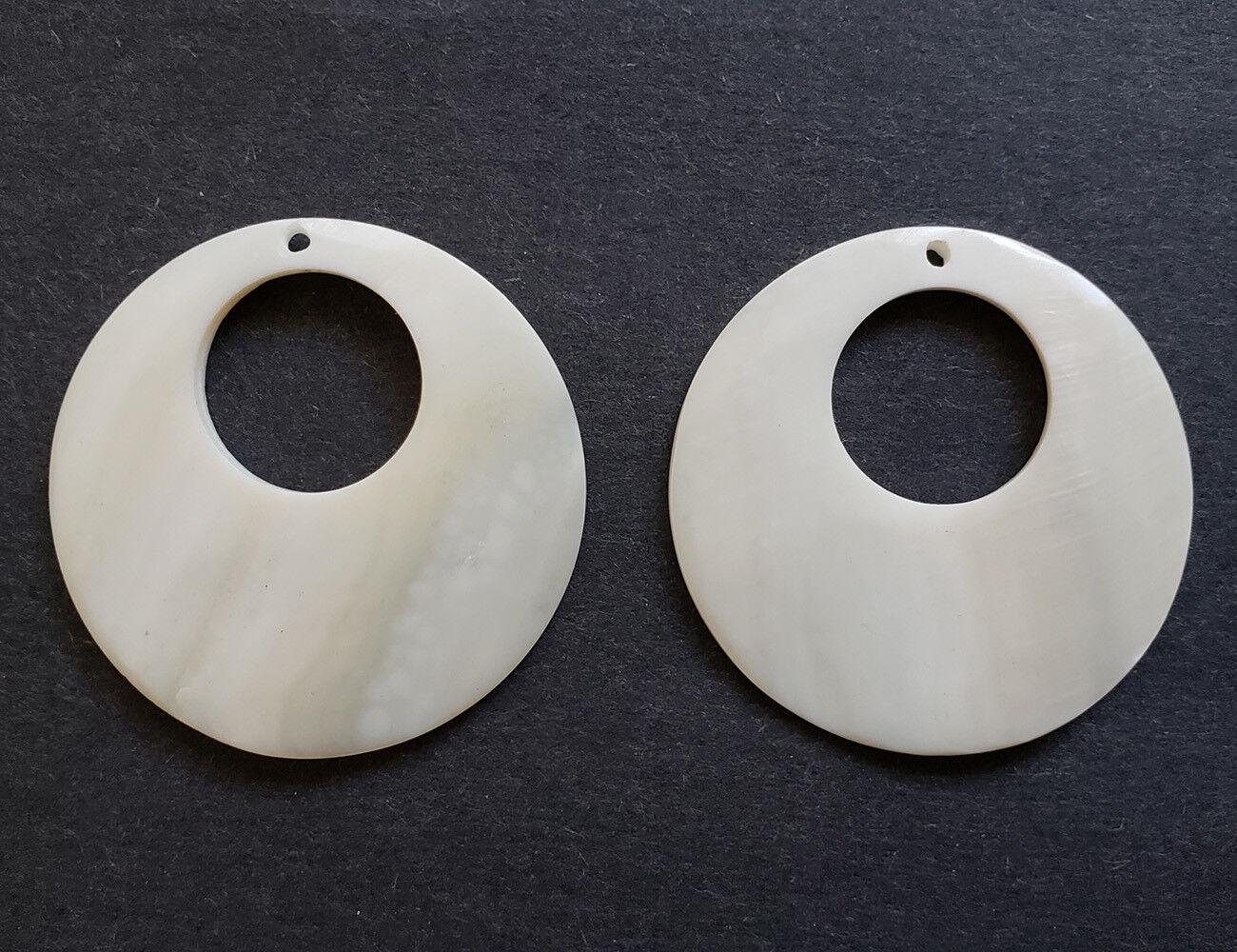 Abalone Shell Round Pendant 45 mm