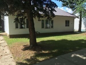 House for rent in Provost AB