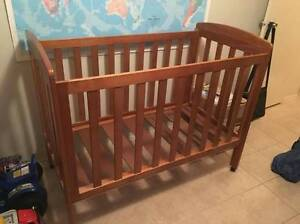 Baby Cot Converts to bed - BRAND NEW Highland Park Gold Coast City Preview