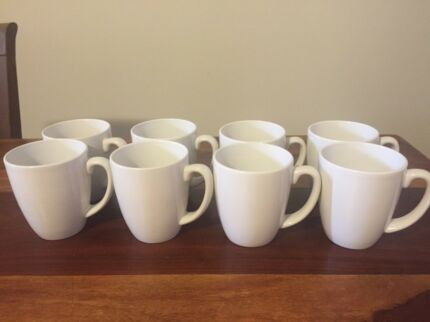 8 Corelle mugs /cups