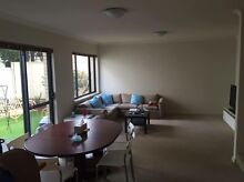 Room for rent in a cool house 5 min from city North Perth Vincent Area Preview