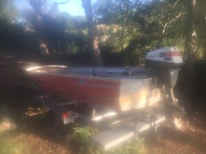 12 ft tinny, trailer and 6 hp Johnson. Kilcoy Somerset Area Preview
