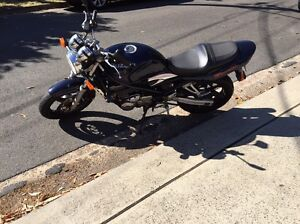 Suzuki bandit going cheap Sydney City Inner Sydney Preview