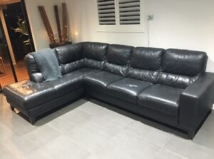 Leather lounge Everton Hills Brisbane North West Preview