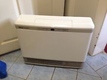 Rinnai 516TR 25mj natural gas heater excellent condition Beecroft Hornsby Area Preview