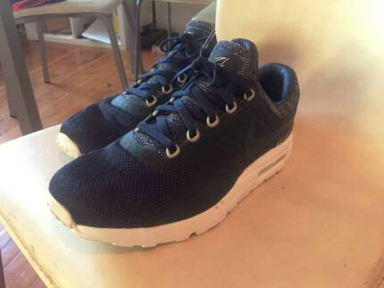 Nike Air Max Zero - Blue - Size 13 - Worn once