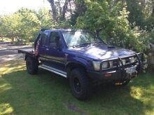 1993 Toyota Hilux 4x4 extra cab Thurgoona Albury Area Preview