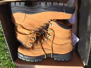 Steel cap work boots Coorparoo Brisbane South East Preview