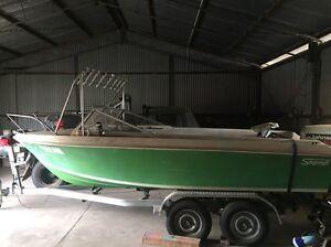 Boat Harrington Park Camden Area Preview