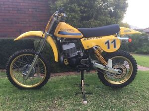Suzuki RM400N Fitzroy North Yarra Area Preview