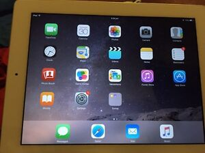 32gb iPad 2 (or swap car parts) Seville Grove Armadale Area Preview