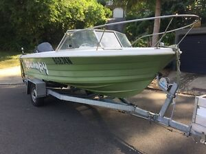 Savage escort 17ft 140hp v4 Yamaha Avalon Pittwater Area Preview
