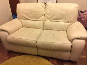 Leather Recliner Couch (2 Seat) Marrickville Marrickville Area Preview