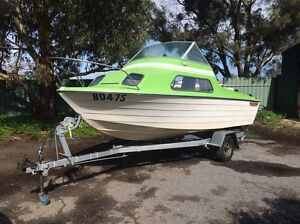 16ft Fibreglass Half Cabin Fishing Boat Munno Para West Playford Area Preview